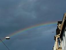Regenbogen beim Viertelfest
