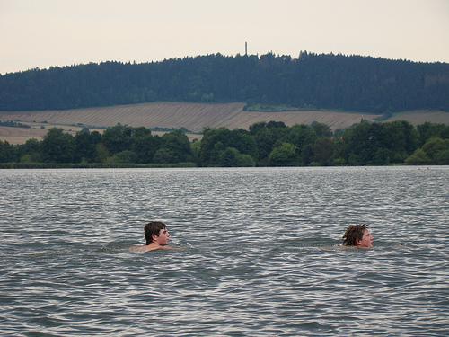Der Eindruck täuscht, das Baden im See war untersagt